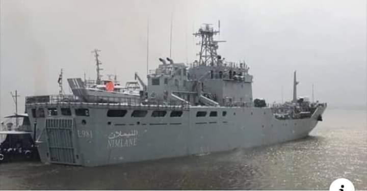 """سفينة """"النيملان"""" الحربية - نواذيبو"""