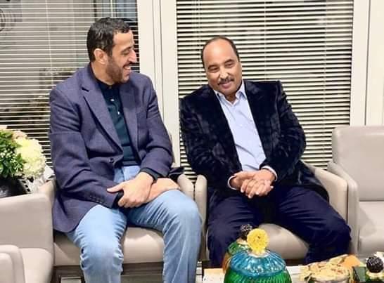 ولي عهد أم القوين والرئيس السابق ولد عبد العزيز (انترنت)