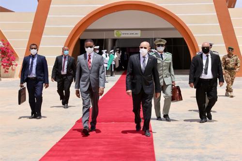 Le Président Ghazouani se rend au Congo ...membres de la Délégation