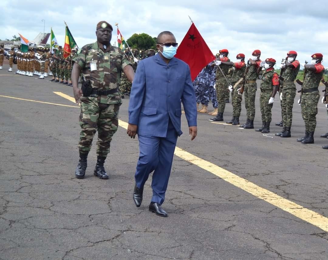 Jeune Afrique : les présidents invités à la fête nationale de Guinée-Bissau?