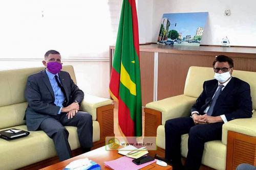 Le ministre du pétrole s'entretient avec l'ambassadeur américain