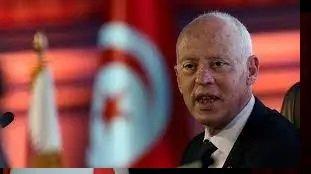 Tunisie. Le président gèle les travaux du Parlement et démet le PM