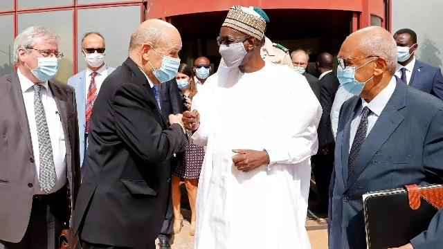 Désaccord entre Paris et Bamako sur le dialogue avec les jihadistes: