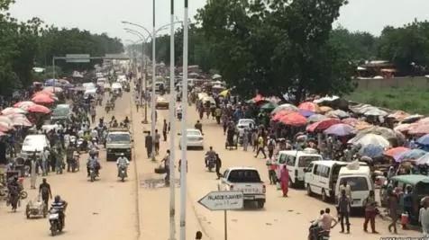 Transition tchadienne ... Ghazouani et Bazoum mènent des consultations