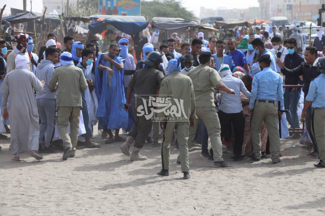 الشرطة تفرق وقفة احتجاجية للتنديد بإهمال  الراحل ولد احجور ـ (المصدر: الصحراء)