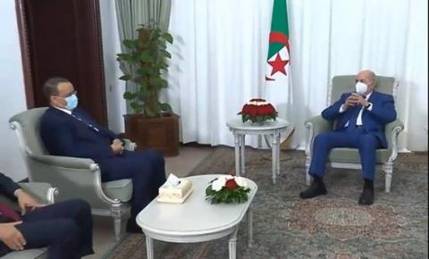 وزير الخارجية لدى في ضيافة الرئيس الجزائري- المصدر (وكالة الأنباء الجزائرية)
