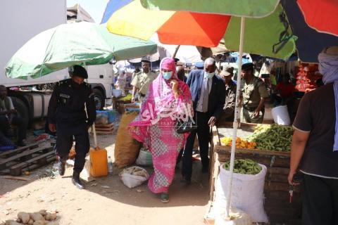 وزيرة التجارة في زيارة سالقة لسوق امسيد المغرب ـ (أرشيف الصحراء)