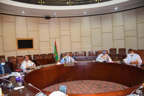 لجنة متابعة وتسيير صندوق التضامن الاجتماعي ومكافحة كورونا