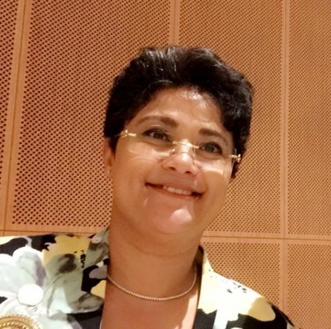 الدكتورة نميرة نجم - المستشارة القانونية للاتحاد الافريقي / الصحراء