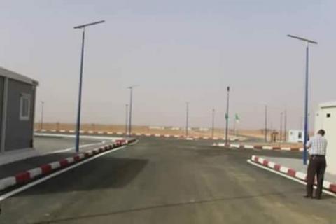 المعبر الحدودي بين الجزائر و موريتانيا