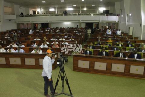 جلسة برلمانية سابقة-(المصدر: أرشيف الصحراء)