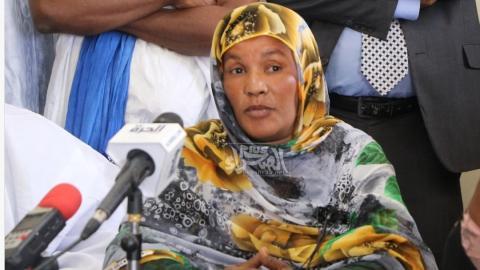 ممثلة نجدة العبيد في آدرار أعزيزه منت إبراهيم- المصدر (الصحراء)