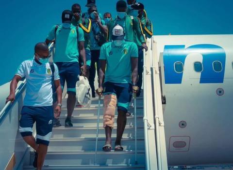 لاعبو المنتخب الوطني لدى عودته إلى تونس- المصدر (FFRIM)