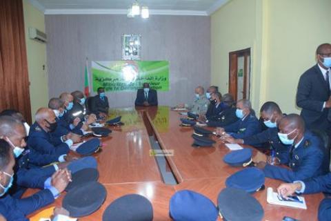 وزير الداخلية يجتمع بالمديرين المركزيين والجهويين للأمن المدني ـ (المصدر: وما)