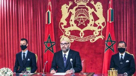 العاهل المغربي أكد على تشبث المغرب الراسخ بوقف إطلاق النار