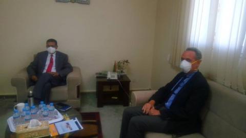 جانب من لقاء وزير الصحة وممثل اليونيسيف (المصدر: الانترنت)