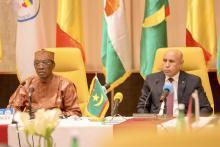 الرئيسان الموريتاني والتشادي خلال مؤتمر صحفي في انجامينا - المصدر (الوكالة الموريتانية للأنباء)