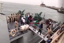 لحظة وصول مهاجرين سريين ميناء نواكشوط