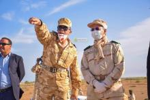 قائد أركان الجيوش خلال وجوده على الحدود الجنوبية (المصدر: وما)