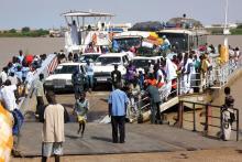 عبّارة روصو توقفت عن نقل الأشخاص بعد إغلاق الحدود (المصدر: الانترنت)