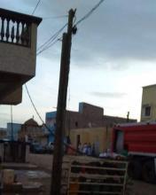 اشتعال عمود كهرباء بمنطقة كرفور ـ (المصدر: الإنترنت)