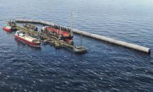 منصة عائمة لإنتاج الغاز المسال (المصدر: الانترنت)