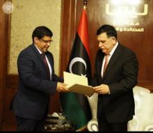 """ولد محم في طرابلس يطلب دعم مرشح موريتانيا في """"الالسكو"""