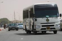 باص تابع للشرطة في طريقه بين إدارة الأمن وقصر العدل - المصدر (الصحراء)