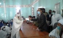 خيرية اسنيم توزع مساعدات مالية في نواذيبو ـ (المصدر: موقع الأخبار)