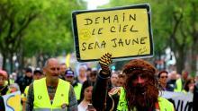 من مظاهرات السترات الصفر