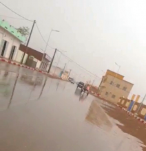 جانب من أجواء مدينة النعمه وقد تهاطلت عليها الأمطار