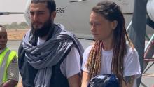 الرهينتان بعد إطلاق سراحهما (المصدر: الانترنت)
