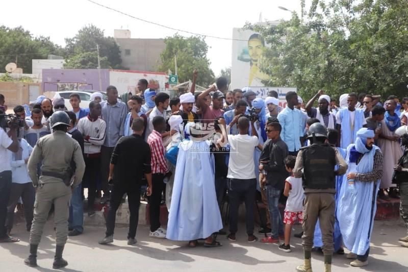 وقفة احتجاجية أمام السفارة الفرنسية ـ (المصدر: الصحراء)
