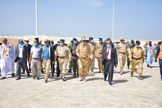 وفد وزاري يتفقد سير الأعمال في ميناء انجاكو ـ (المصدر: موقع الجيش)